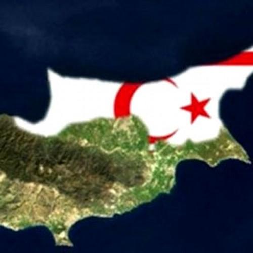 Τουρκοκύπριοι συνελήφθησαν, επειδή ύψωσαν κυπριακή σημαία στα κατεχόμενα