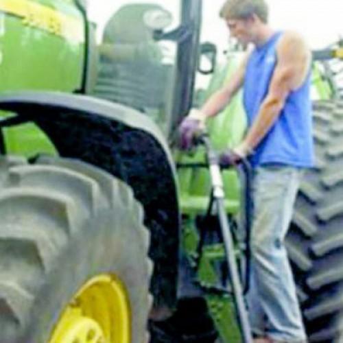Μέσα στο καλοκαίρι οι αποφάσεις για φθηνότερο αγροτικό πετρέλαιο