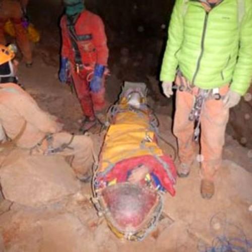 Διασώθηκε σπηλαιολόγος που παγιδεύτηκε 12 μέρες στα έγκατα της γης