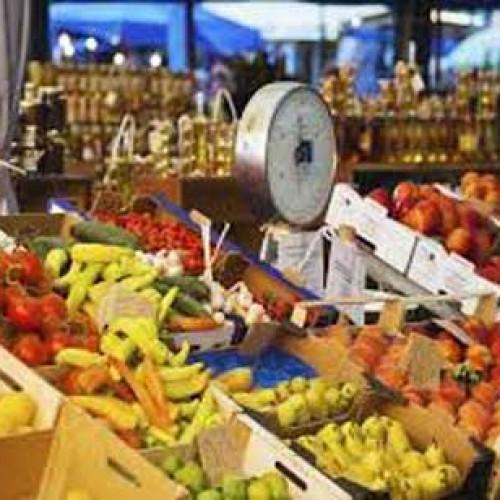 Στα δύο κόβονται οι λαϊκές αγορές με το διαχωρισμό παραγωγών-εμπόρων
