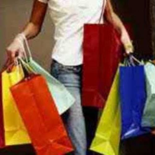 Οι 10 περιοχές όπου θα είναι ανοιχτά τα καταστήματα και τις 52 Κυριακές