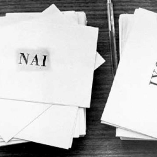 Αμφισβητεί η κυβέρνηση την άθροιση των υπογραφών για το δημοψήφισμα