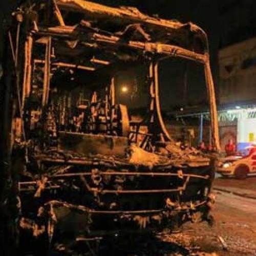 Πυρπόληση λεωφορείων στο Σάο Πάολο μετά την πανωλεθρία στο Μουντιάλ