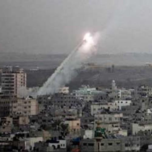 Με αμείωτη ένταση συνεχίζεται το ισραηλινό σφυροκόπημα στη Γάζα