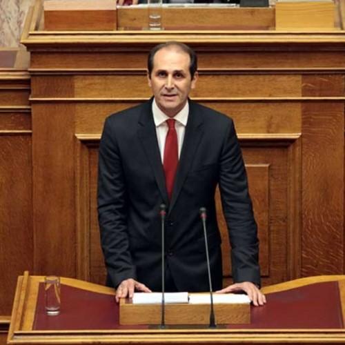 """Απ. Βεσυρόπουλος: """"Η Κυβέρνηση του κ. Τσίπρα, εμπαίζει τους αγρότες"""""""