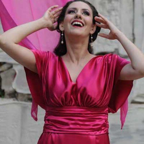 Η νεαρή Βεροιώτισσα σοπράνο, Μαρία Παλάσκα, στο Μέγαρο Μουσικής Αθηνών