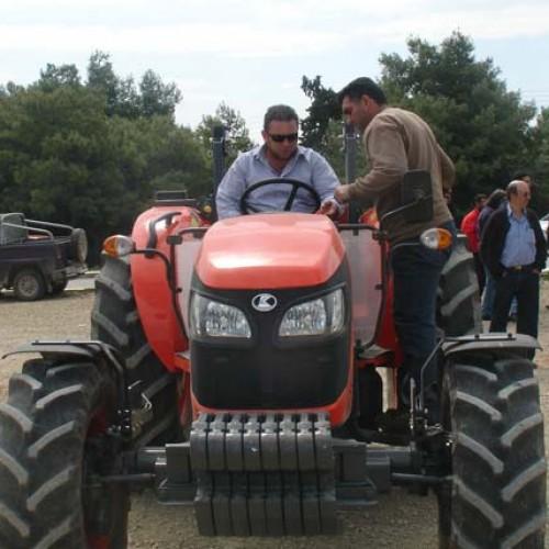 Εξετάσεις για δίπλωμα οδήγησης αγροτικών μηχανημάτων στην Δ.Ε. Ειρηνούπολης Νάουσας