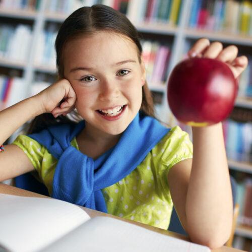 3,8 εκατ. ευρώ για τη διανομή φρούτων στα σχολεία