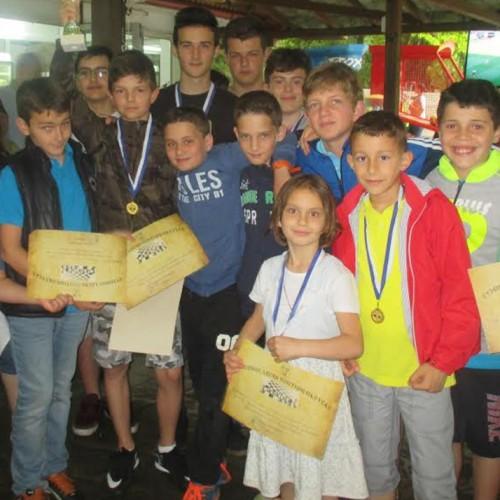 Μαθητικοί Αγώνες Σκάκι από την Εύξεινο Λέσχη Ποντίων Νάουσας