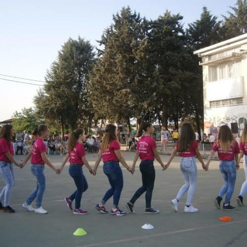 Mε απόλυτη επιτυχία η χορευτική παράσταση «Ας κρατήσουν οι χοροί», στο Γυμνάσιο Μακροχωρίου