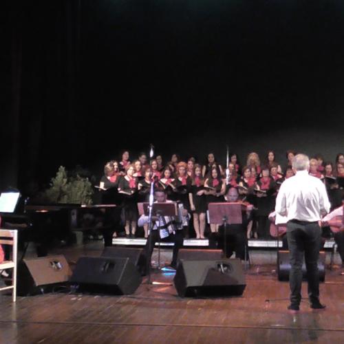Μια μουσική παράσταση αντάξια του Τσιτσάνη