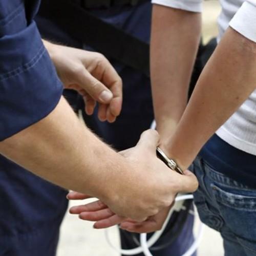 Συνελήφθη 31χρονος στην Αλεξάνδρεια, για καταδικαστική απόφαση