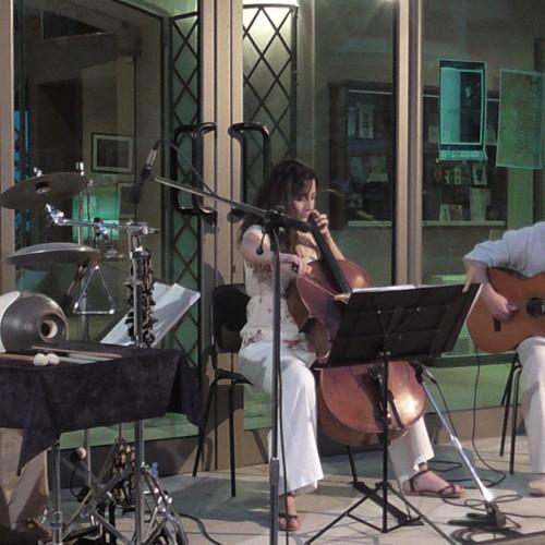 «Τιμής Ένεκεν» - Μια διακριτική μουσική παρουσία με ιδιαίτερο μυσταγωγικό βάθος