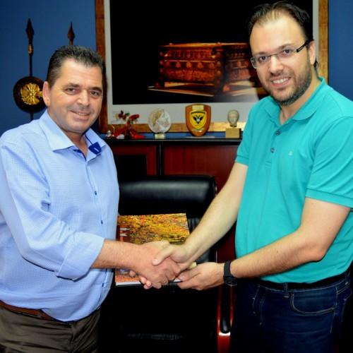 ο πρόεδρος της ΔΗΜ.ΑΡ Θανάσης Θεοχαρόπουλος επισκέφτηκε τον αντιπεριφερειάρχη Ημαθίας Κώστα Καλαϊτζίδη