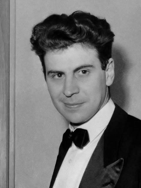 Theodorakis, Griekse componist, nog steeds gevangen gehouden in Griekenland (in Parijs archief) / Documentnummer: 920-7047/ Fotograaf: ANEFO / Anefo*14 september 1967