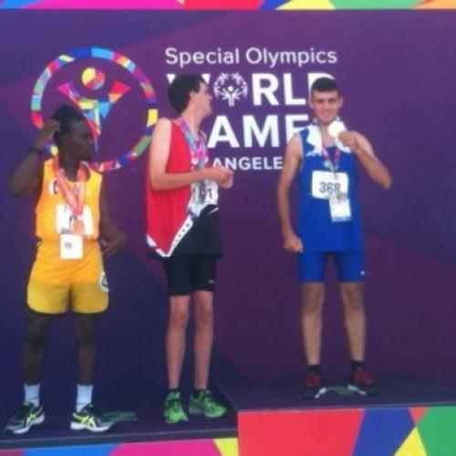 Παγκόσμιος πρωταθλητής στίβου στα Special Olympics Ο Νίκος Τουλίκας, απ' το Νησί Ημαθίας