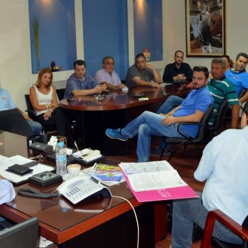 Κοινή σύσκεψη στη Βέροια με πρωτοβουλία των αντιπεριφερειαρχών Ημαθίας και Πέλλας για δωρεά διανομή αγροτικών προϊόντων
