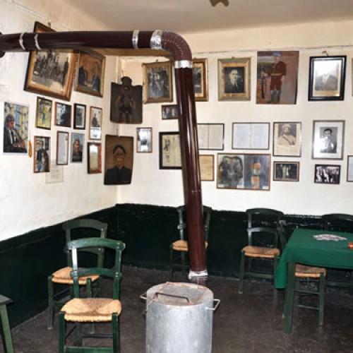 12 μοναδικά και πανέμορφα παραδοσιακά καφενεία στην Ελλάδα!