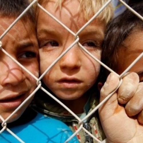 ΕΥΡΩΠΑΪΚΗ ΕΝΩΣΗ: «Ευαίσθητη» στους πρόσφυγες στήνει νέες στρατιωτικές επεμβάσεις