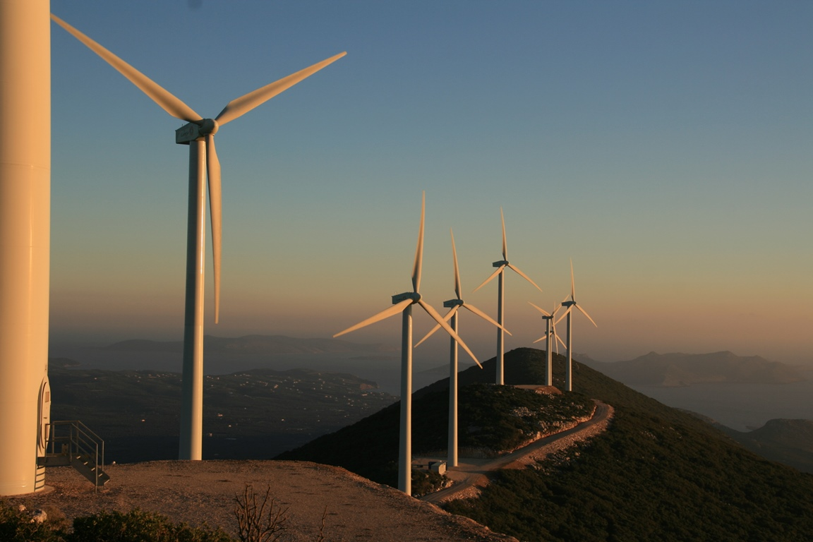 SUNSET-AT-PYLOS-WIND-PARK