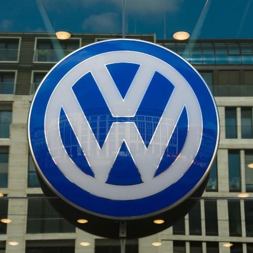 Απάτη της VW  την οδηγεί σε κατάρρευση