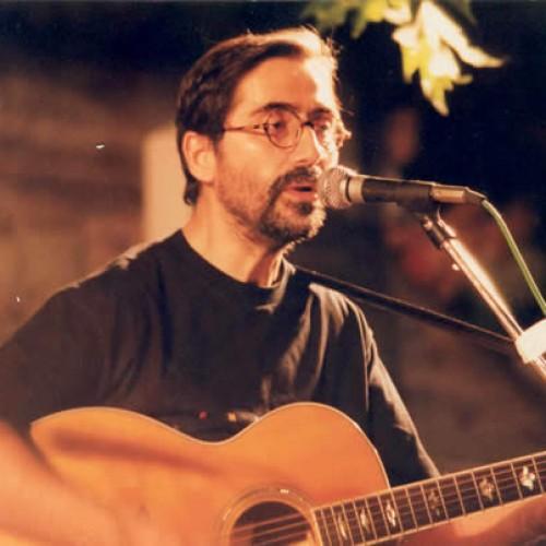 Ο γνωστός Βεροιώτης κιθαρίστας Κώστας Γεωργίου στο Μέγαρο Μουσικής Αθηνών με την Ευγενία Συριώτη
