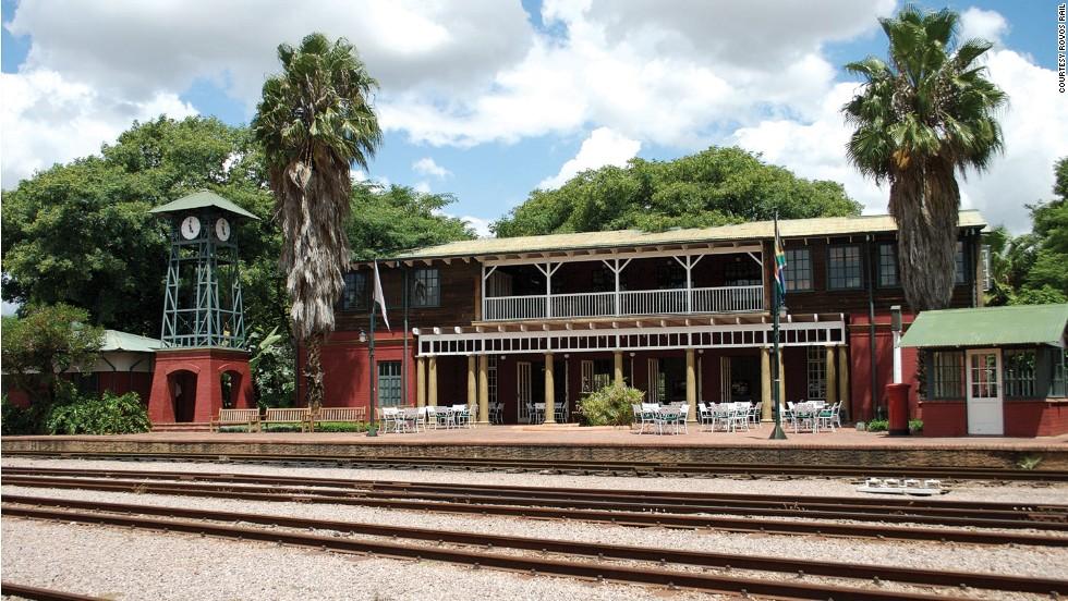 141106160925-rovos-rail-steam-safari-3-horizontal-large-gallery