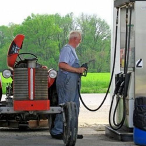 Θανάσης Θεοχαρόπουλος: Να καθιερωθεί αγροτικό πετρέλαιο κίνησης
