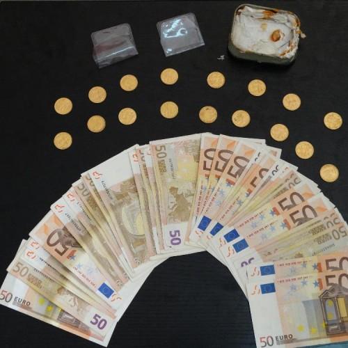 Έκλεψε χρυσές λίρες και πούλησε σε κοσμηματοπωλείο στη Βέροια - Εξιχνιάσθηκε η κλοπή