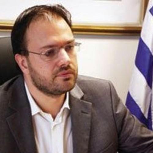 Θανάσης Θεοχαρόπουλος: Χρειάζονται ευρύτερες συνεργασίες  - Συνέντευξη στον Real FM