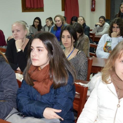 """Ξεκίνησε στη Νάουσα  το """"Χειμερινό Νομικό Σχολείο"""".Συμμετέχουν από 50 φοιτητές από όλη την Ευρώπη.Φωτογραφίες"""