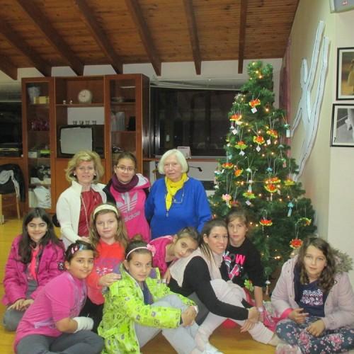 Το χριστουγεννιάτικο δένδρο της Ευξείνου Λέσχης Ποντίων Νάουσας