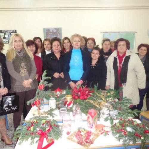 Τα στελέχη του Κέντρου Διά Βίου Μάθησης Δήμου Αλεξάνδρειας συγχαίρουν τα τμήματα Διακόσμησης