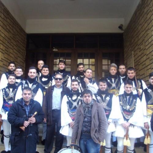 Τα Ρουγκάτσια από τη χορευτική ομάδα του τμήματος λαογραφίας της Κ.Ε.Π.Α Δήμου Βέροιας, Πέμπτη 24 Δεκεμβρίου