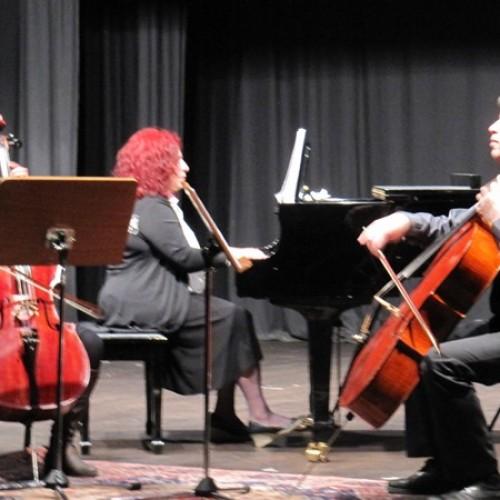 Καθηγητές και μαθητές του Δημοτικού Ωδείου Βέροιας σ' ένα απογευματινό Μουσικής Δωματίου