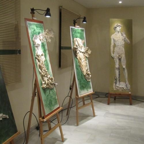 """""""Έκθεση ζωγραφικής – κολάζ της Daniela Busato""""του Πυθαγόρα Ιερόπουλου"""