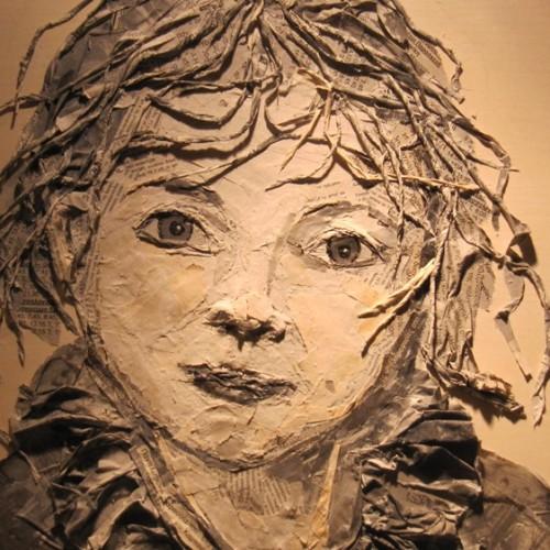 "Daniela Busato: ""Το χαρτί μέσα στα έργα μου ζει, μιλά και γίνεται Τέχνη"""