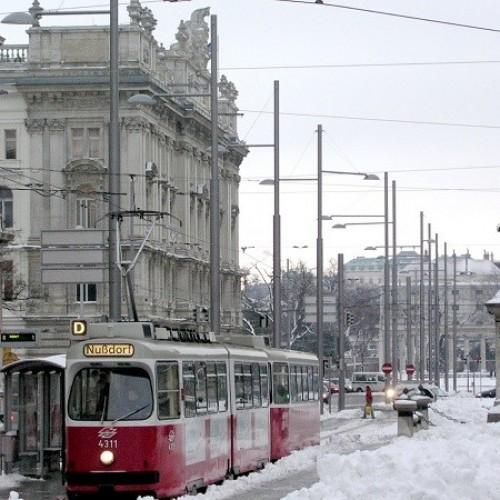 """Δέκα κορυφαίες πόλεις για ένα χειμερινό...  """"ονειροτάξιδο"""""""