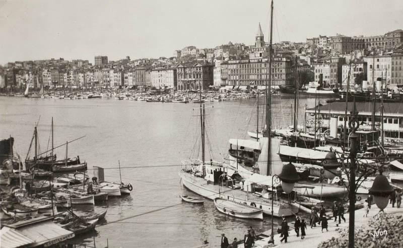 Le Vieux Port vu du quai des Belges