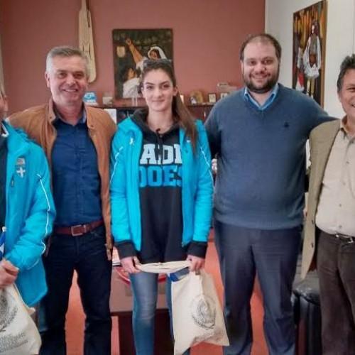 Ευχές στην αθλήτρια των αλπικών αγωνισμάτων του ΕΟΣ Νάουσας, Αναστασία Μάντσιου, από το Δήμαρχο Ν. Κουτσογιάννη