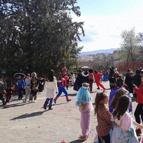 Γιορτάστηκε η Τσικνοπέμπτη στο 9ο Δημοτικό Σχολείο Βέροιας