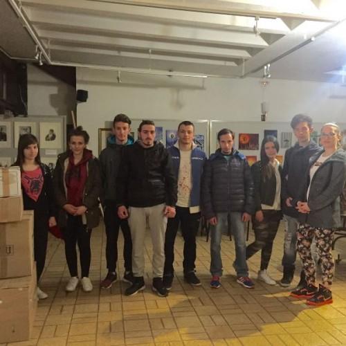 Συγκέντρωση βοήθειας για τους πρόσφυγες απο τους μαθητές του 1ου ΕΠΑΛ Βέροιας