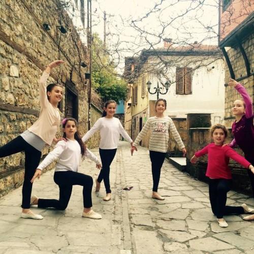 Η καρδιά του χορού χτυπά στη Βέροια – 10ος Πανελλήνιος Διαγωνισμός Έντεχνου Χορού
