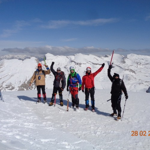 """Ορειβατική Ομάδα Βέροιας """"Τοτός"""" από Μικρό Πάπιγκο σε Δρακόλιμνη και Αστράκα –photo"""