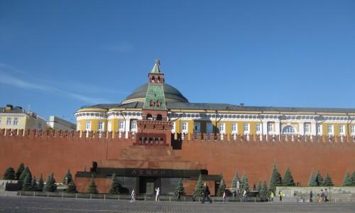 Β.Κ.Τριανταφύλλωφ. Ένας Έλληνας θαμμένος στο Τείχος του Κρεμλίνου - Δάσκαλος του Στρατάρχη  Ζούκωφ, θεωρητικός της Πολεμικής Τέχνης
