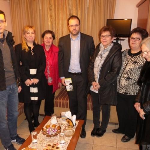 """Ο Θανάσης Θεοχαρόπουλος επισκέφθηκε το Σύλλογο Κοινωνικής Παρέμβασης """"ΕΡΑΣΜΟΣ"""""""