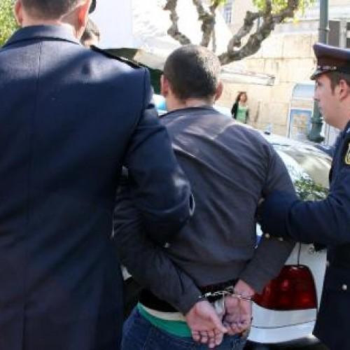 Συλλήψεις στη Βέροια για καταδικαστική απόφαση και ναρκωτικά