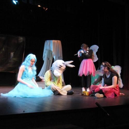 """Τρίτη μέρα της 4ης  Θεατρικής Άνοιξης με """"Του Κουτρούλη ο γάμος"""" και """"Όνειρο Καλοκαιρινής Νύχτας"""""""