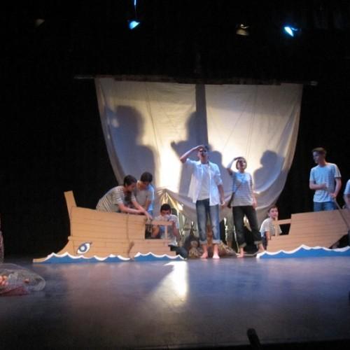 """""""Κείμενο τεκμηρίωσης βραβείου καλύτερης παράστασης - 4η  Θεατρική Άνοιξη  Εφήβων ΔΗΠΕΘΕ Βέροιας"""" γράφει η Ηρώ Γεωργίου"""