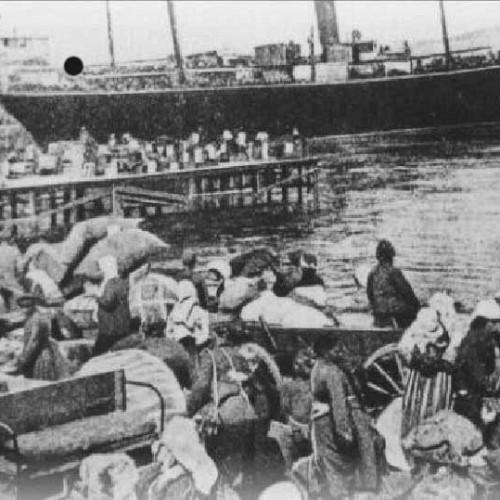 """""""Ανεπιθύμητοι οι Μικρασιάτες  πρόσφυγες στην Ελλάδα του 1922"""" γράφει ο Τάσος Κωστόπουλος"""